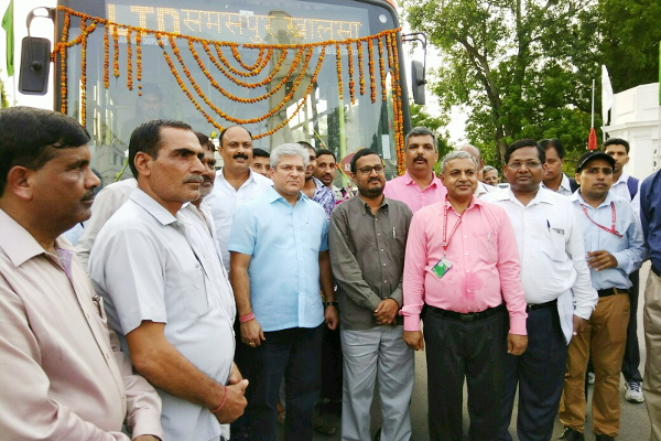 Minister (Transport), Delhi inaugurated Limited stop rural service from ISBT Kashmere Gate to Samaspur Khalsa with Cluster bus on 04.07.2017 at Delhi Vidhan Sabha